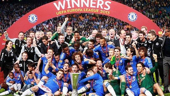 Chelsea logró el título de la Europa League en Ámsterdam. El 25 de mayo próximo dejará de ser el monarca de la Champions League.