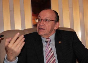 Fiscal cita a Toledo para el 10 de junio y le pide no esperar captura internacional