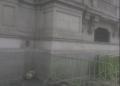 (Twitter: @DISCIPULUSDEI) Piden ayudan para perrito que sufre frío en las puertas de Palacio de Gobierno
