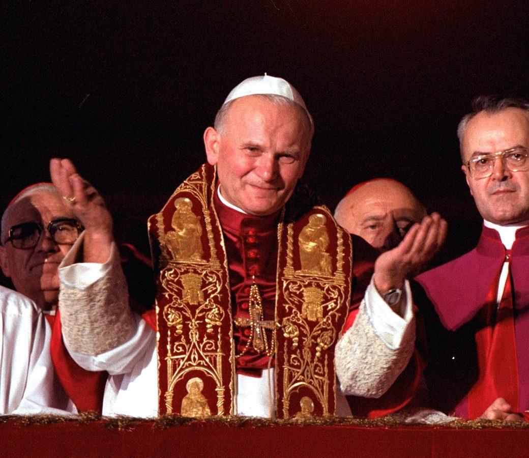 Juan Pablo II será proclamado santo anuncia el Vaticano