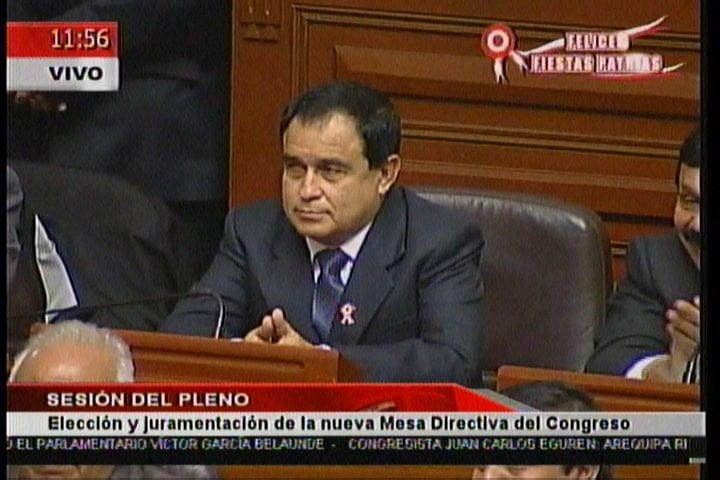 Nacionalista Fredy Otárola es el nuevo presidente del Congreso