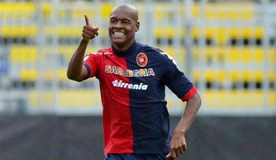 Jugador del Cagliari mandó a hospital a pareja por noche de sexo