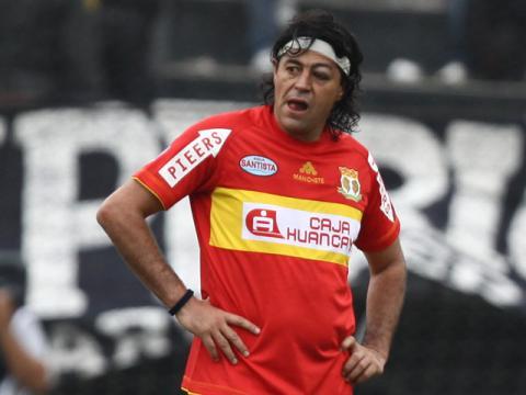 Sport Huancayo no supo hacer respetar su localía y perdió ante Emelec en la Copa Sudamericana.