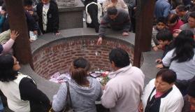 Santa Rosa de Lima: Fieles dejan cartas en santuario y por Internet