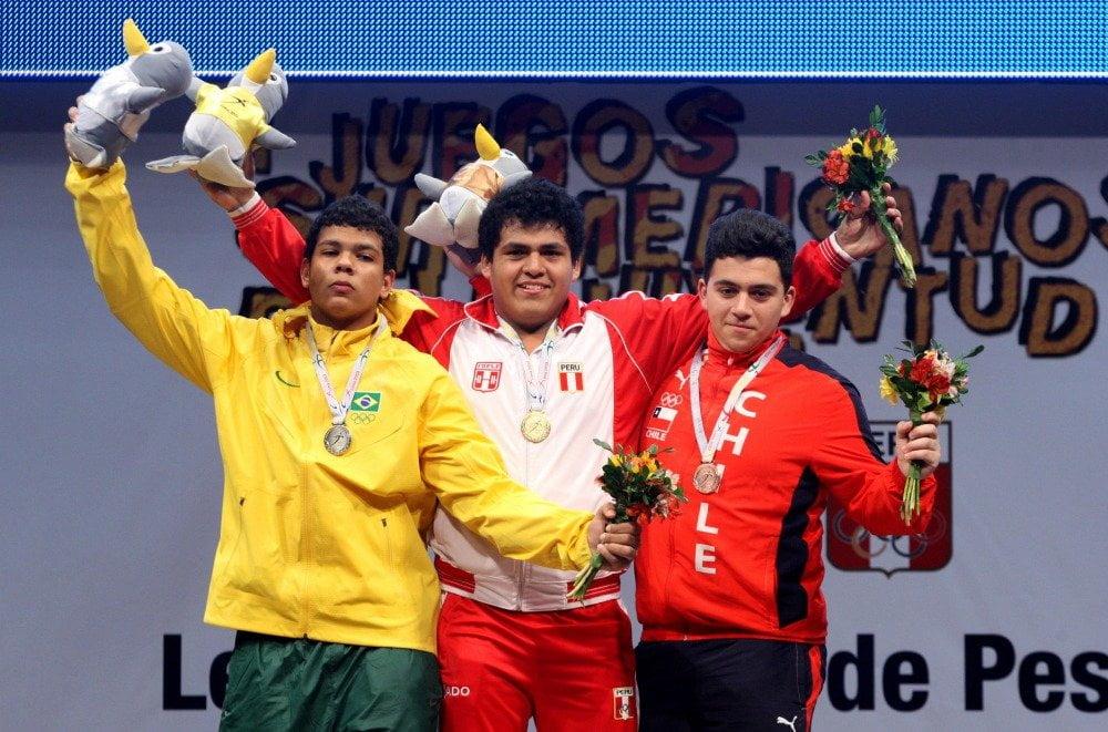 Hugo Saldarriaga cumplió una gran performance en el levantamiento de pesas.