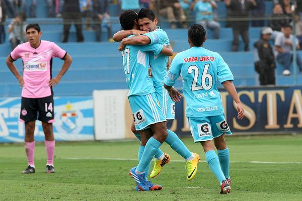 Cristal ganó y es puntero de su grupo por diferencia de goles. En la próxima fecha enfrentará a Alianza Lima.
