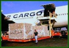 La falta de oficiales ha hecho que gran cargamento aéreo no salga a su destino en el tiempo previsto.