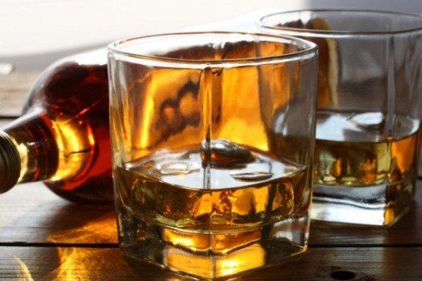 El Whisky es la bebida alcohólica de mayor demanda internacional por parte del Perú.