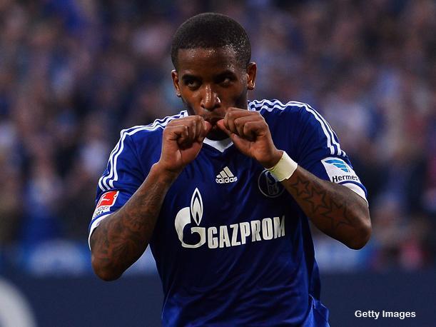 Farfán aportó con un gol en el triunfo del Schalke 04.