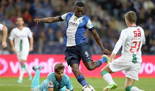 Porto es líder en Portugal con tres puntos de ventaja sobre Sporting de Lisboa y Benfica.