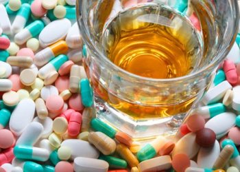 Año Nuevo: Combinar bebidas alcohólicas con medicamentos puede ser letal