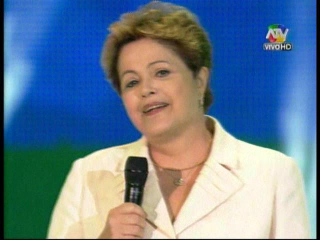 [VIDEO] ¿Y Maradona? Dilma Rousseff: 'Pelé es el mejor jugador de todos los tiempos'