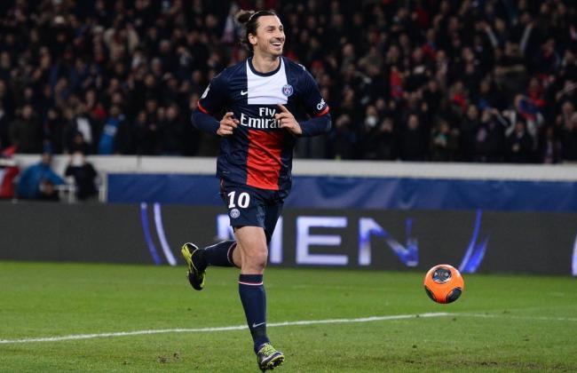 El sueco Ibrahimovic anotó dos goles en el triunfo del puntero París Saint Germain.