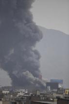 [VIDEO] Gran incendio consume edificio en La Victoria