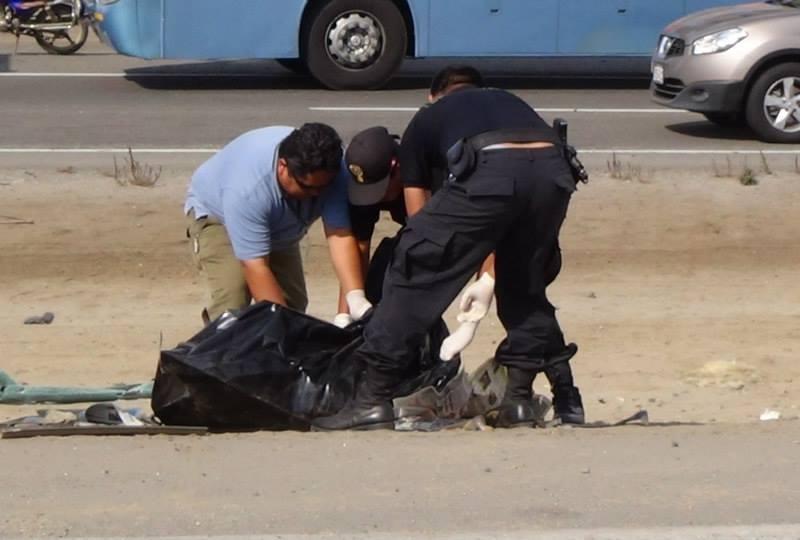(Foto Hernán Medrano) Pisco: Mueren dos mujeres en violento accidente de carretera