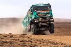 El holandés De Rooy (camiones) fue el único que mantuvo el liderazgo tras culminar la quinta etapa del  Rally Dakar 2014.