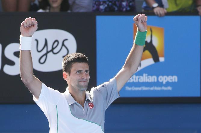 Novak Djokovic mostró un nivel superlativo ante el italiano  Fognini y clasificó a los cuartos de final de Melbourne.