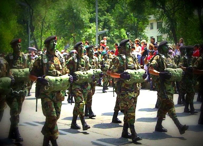 Foto referencial / Denuncian que temible comando castrista 'las Avispas Negras' llegó a Venezuela