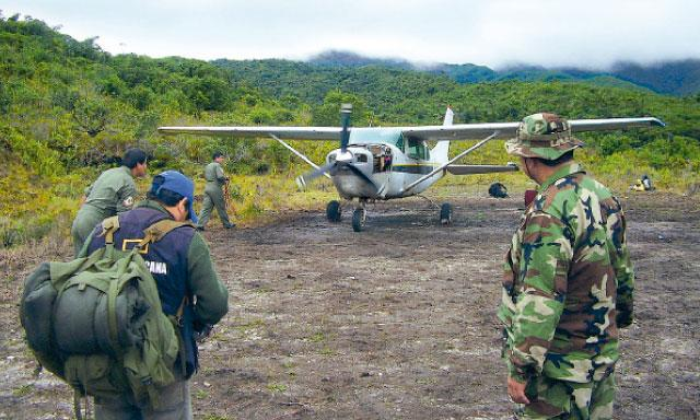 Foto referencial La República / Intervienen avioneta con droga en el Vraem y abaten a narcotraficante
