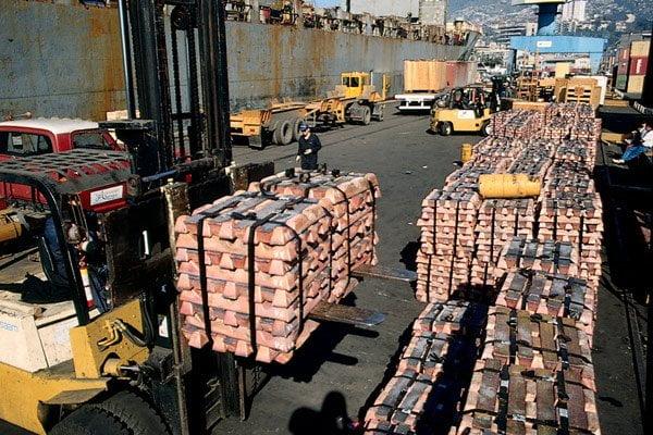 Caídas de productos como el cobre siguen determinando el déficit en el subsector minero.