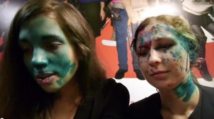 Pussy Riot atacadas con gas pimienta y pintura en Rusia