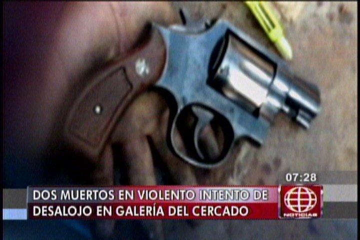 """Comerciantes de """"El Huequito"""" piden exclarecer muertes en centro comercial"""