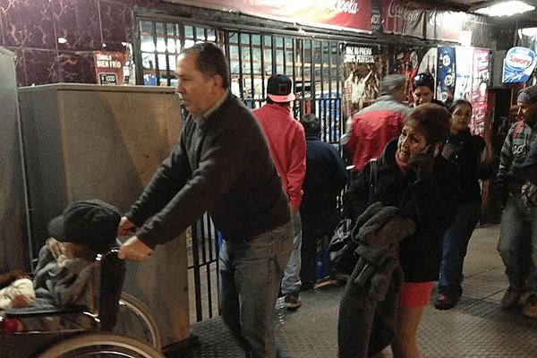 Terremoto en Chile: Comerciantes especuladores suben precios y hay protestas