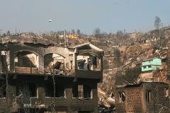 Incendio en Valparaíso - Chile: Suman 16 los fallecidos y evacúan a 10 mil