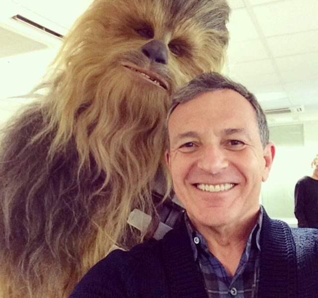 Star Wars: El recordado 'Chewbacca' también se tomó un 'selfie'