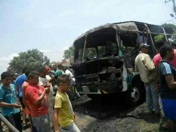Foto @MLLacouture / Tragedia: Al menos 31 niños murieron por incendio de bus en Colombia