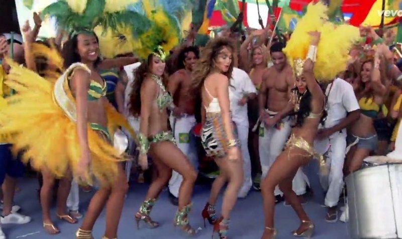 "[VIDEO] Brasil 2014: Jennifer López y Pitbull estrenan ""We Are One (Ole Ola)"""
