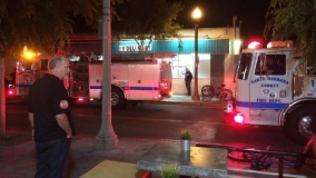 Foto Angeles Times / Siete personas mueren por tiroteo en zona universitaria de California