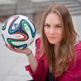 Esta periodista inspiró varios MEMES y ya la quieren como novia del mundial