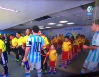 "[VIDEO] Lionel Messi: ""No vi a niño que me saludó...No me di cuenta"""