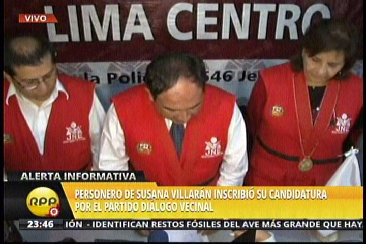 Susana Villarán inscribe candidatura a través de personero de Diálogo Vecinal