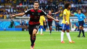 Miroslav Klose hizo historia al  tras consolidarse como el máximo goleador en la historia de las Copas del Mundo FIFA.