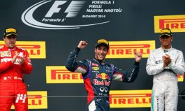 Ricciardo, con sus dos victorias en la temporada 2014 de la Fórmula 1, ha sido el  único piloto en frenar un poco el dominio del equipo Mercedes.