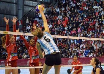 Perú tuvo un pésimo desempeño ante una selección argentina muy superior.