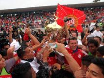 Chiclayo de fiesta. Juan Aurich se adjudicó el Torneo Apertura y clasificó a la Copa Libertadores 2015.