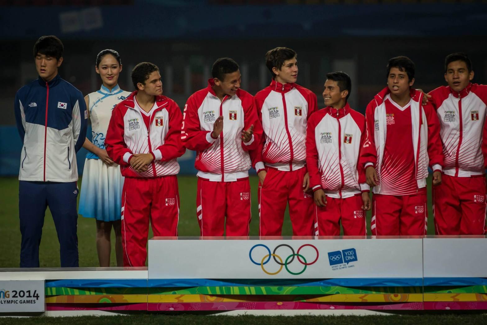 [FOTOS Facebook Ado Perú] Nanjing 2014: Selección de Fútbol Sub 15 es campeón Olímpico