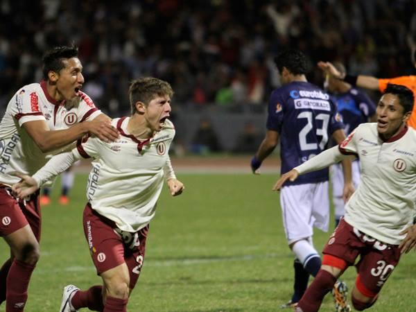 """TRIUNFAZO CREMA. La """"U"""" derrotó 2-1 a César Vallejo en Trujillo y es líder del Apertura junto al Aurich."""