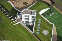 Mario Balotelli quiere comprar mansión de los Teletubbies por $ 6 millones