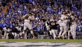 Gigantes del beisbol. San Francisco sumó su octava estrella de la Serie Mundial.