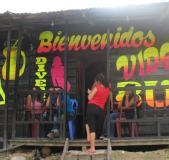 Policía peruana rescató a 60 mujeres de prostíbulo en zona minera