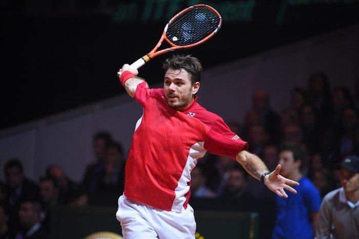 Wawrinka marcó notoria superioridad sobre Tsonga en el inicio de la final de la Copa Davis.