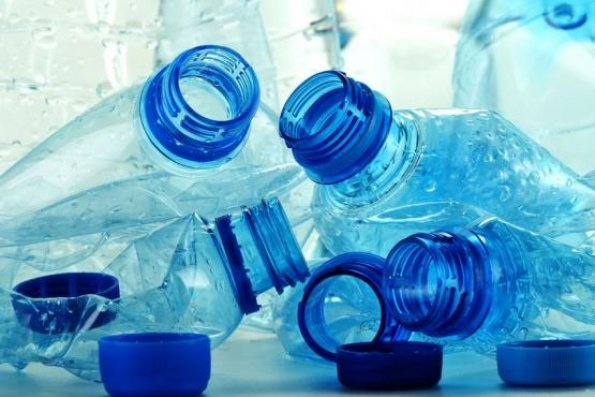 Las exportadoras peruanas exportaron de manera conjunta el 43% del total  de bombonas y preformas de plásticos a Colombia y República Dominicana.