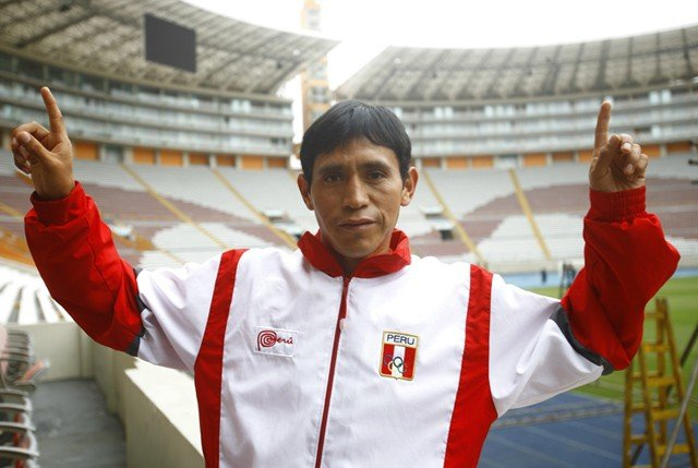 Raúl Pacheco clasificó a Río de Janeiro 2016 tras imponer nuevo record nacional de Maratón.