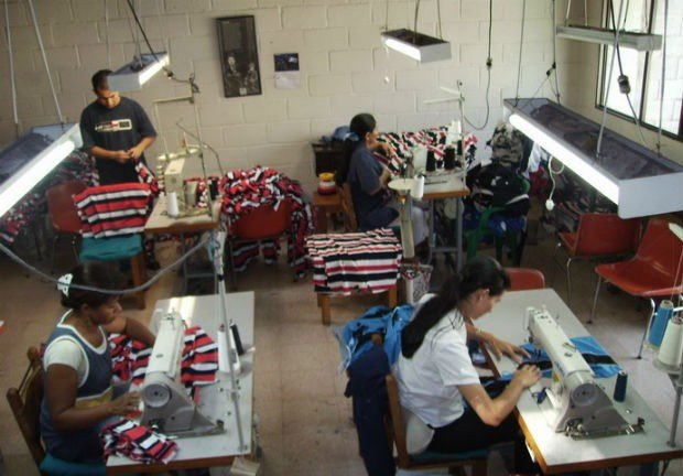 Las mypes representaron durante el primer bimestre del año en curso, el 12.8% del total de exportaciones peruanas en cuanto a valor FOB.