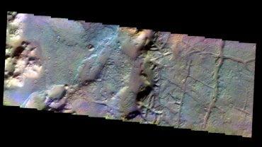 """Una """"pirámide"""" aparece en el planeta Ceres [FOTOS]"""