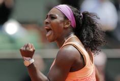 Pese a su malestar gripal, Serena Williams avanzó a la final.